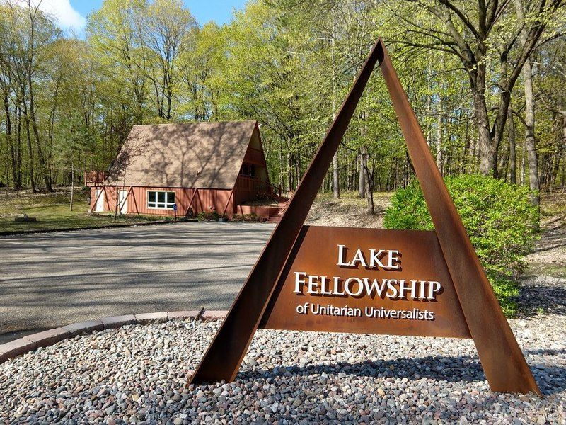 lake fellowship sign in the spring